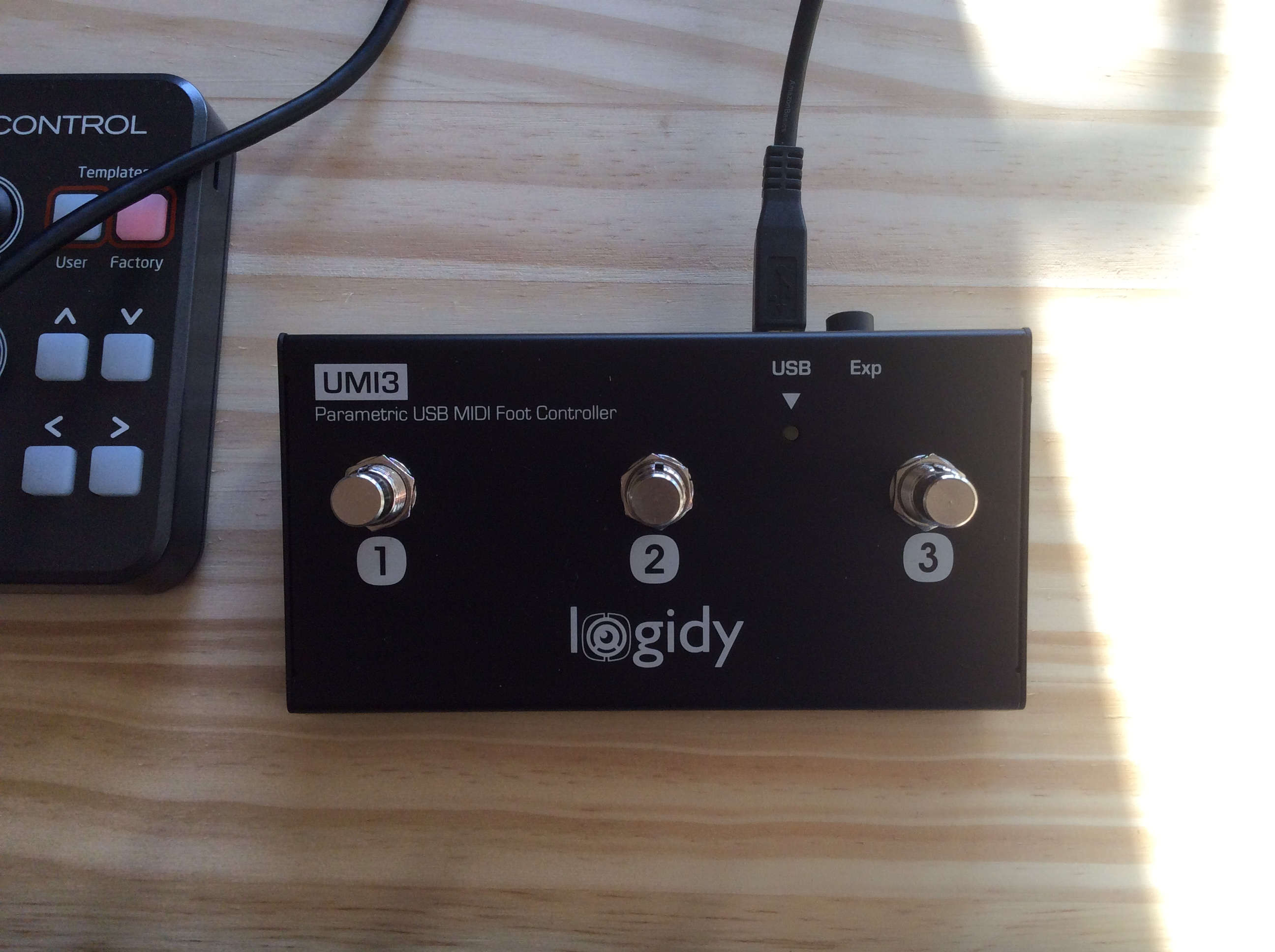 Logidy UMI3 MIDI over USB Foot Controller