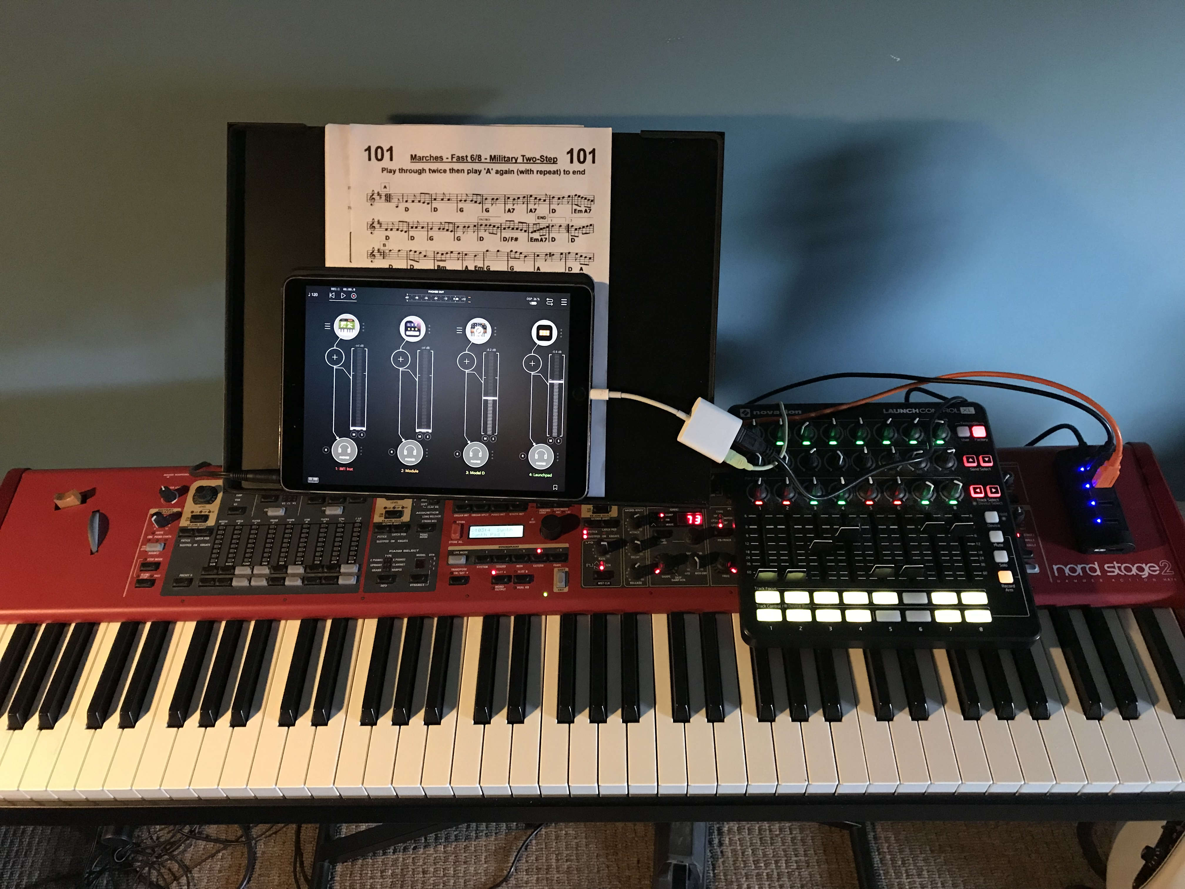 Anyone gigging w/iPad as a keyboard instrument? - Page 2